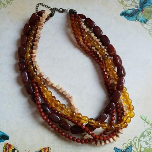 Esmor beaded necklace